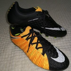 tarifa compañera de clases rifle  Nike Shoes | Mens Nike Hypervenom Phantom Iii 3 Ag Pro Size 7 | Poshmark